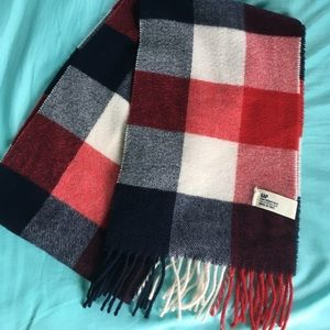 GAP Red, Navy, and Off-White Plaid Scarf